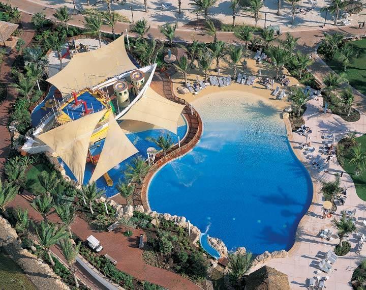 The top 5 hotel pools in dubai haute living for Top beach hotels dubai