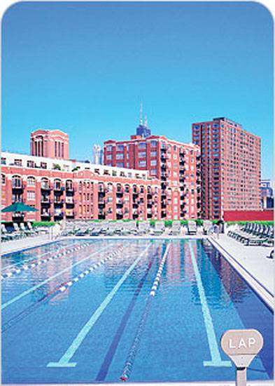 Time for a dip the haute 5 swimming pools in chicago haute living for Kingsbury swimming pool timetable