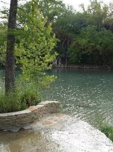 The great escape the haute 5 weekend getaways for for Floating the guadalupe river cabins
