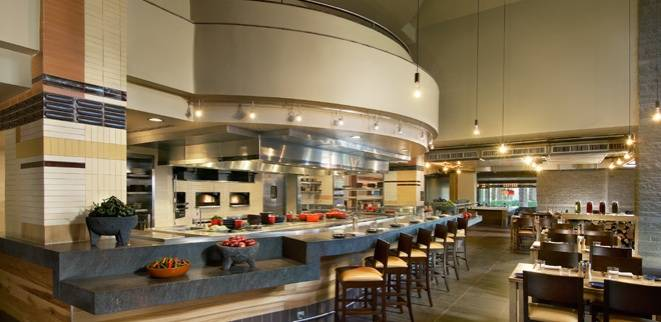Kiss the chef the haute 5 chef s tables in phoenix haute living for The living room gainey ranch