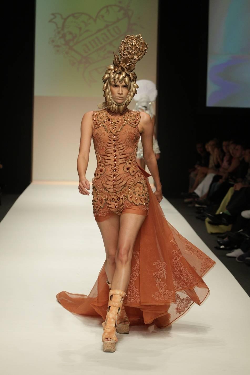 Amato Fashion Designer