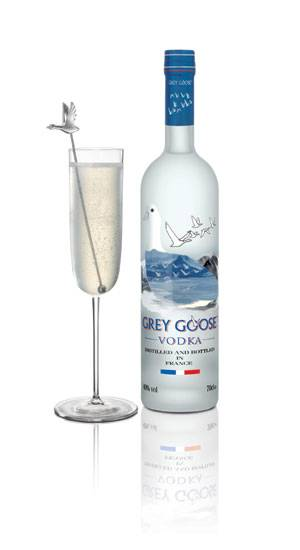 Oscar themed cocktail Social Status made with Grey Goose