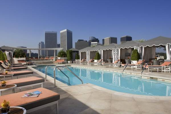 peninsula beverly hills rooftop pool