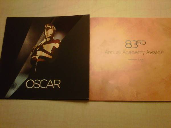 Guests were give the official Oscar program as souvenir.
