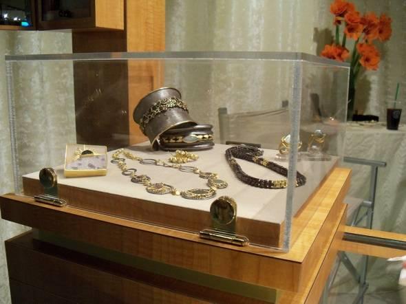 Jewelry by Judith Kauffman