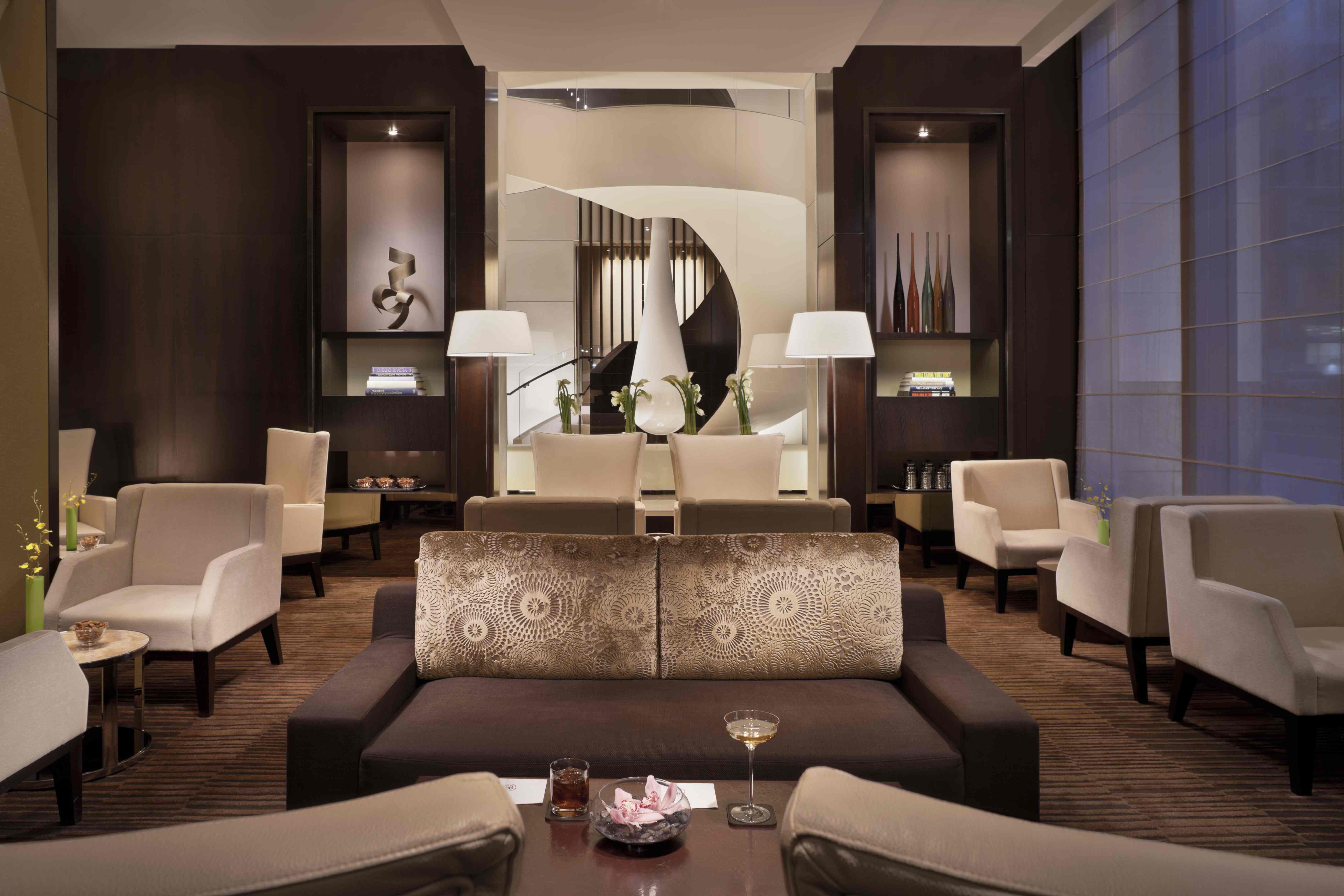 Haute Spot The Setai Fifth Avenue 39 S Bar On Fifth Debuts Jazz Pianist And