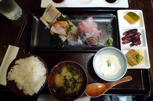 Top 5 hibachi restaurants in new york city haute living for Akira japanese cuisine nyc