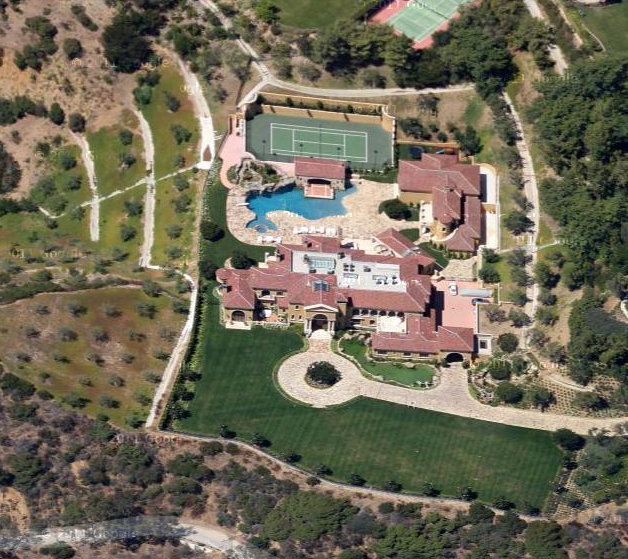 Ron tutor 39 s beverly park mega mansion is complete haute for Hollywood mansion for sale