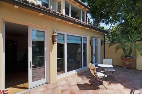 Jennifer Love Hewitt Lists Toluca Lake Home Haute Living