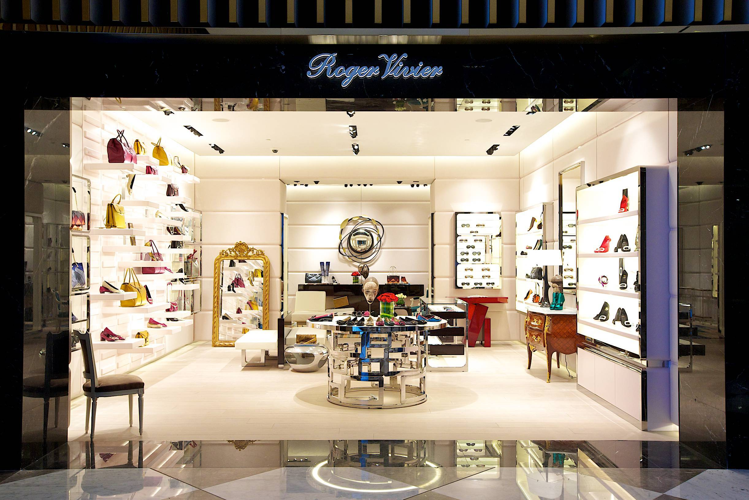 103e3ed8d8b6 Shoe Heaven  Roger Vivier Opens at The Dubai Mall s Level Shoe ...