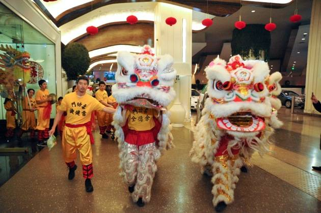 Lions walking throughout The Cosmopolitan for Chinese New Year