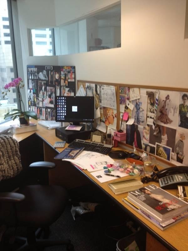 taryn-desk