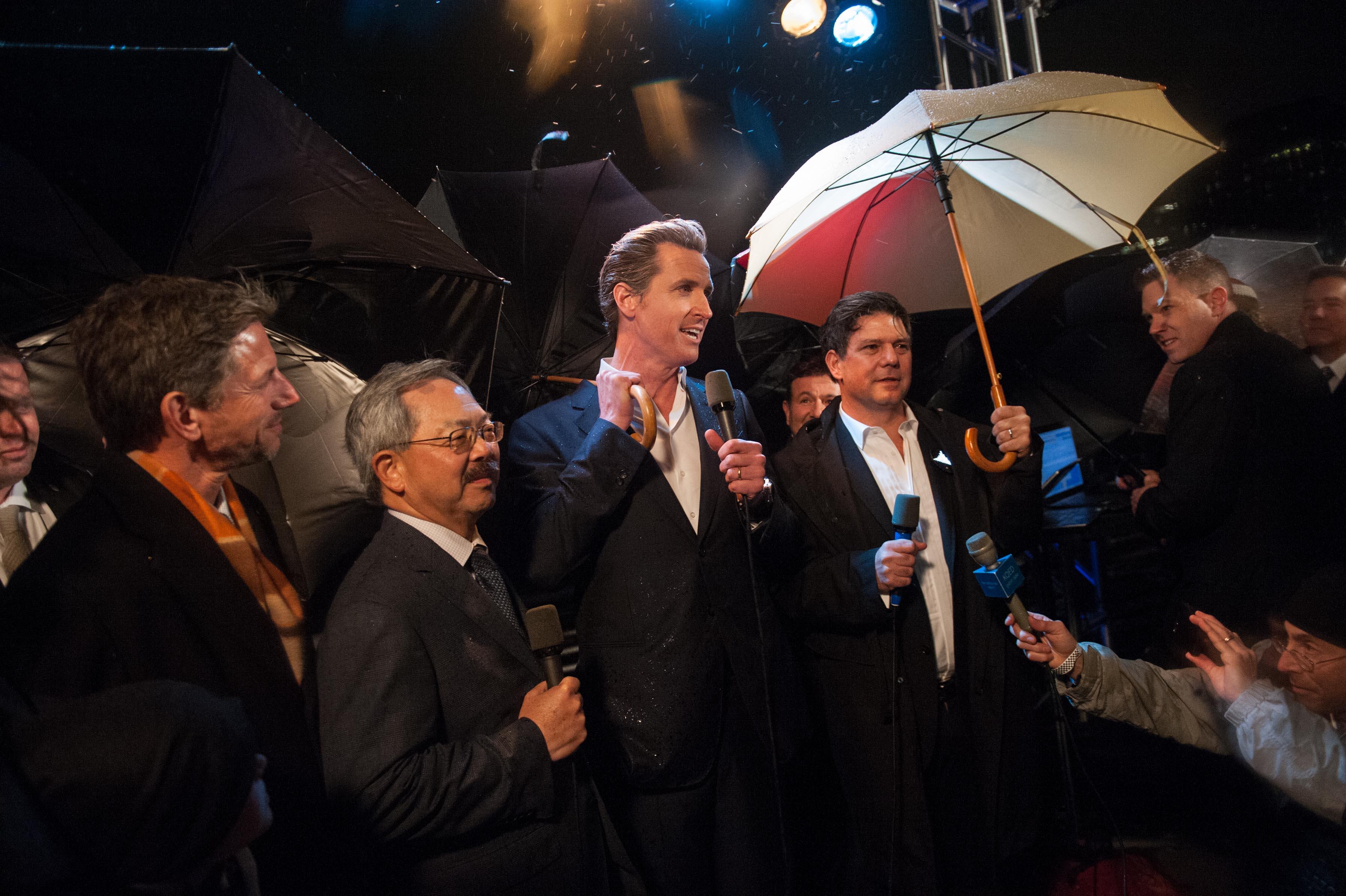 Ben Davis, Ed Lee, Gavin Newsom and artist Leo Villareal.  Photo Credit: Drew Altizer Photography