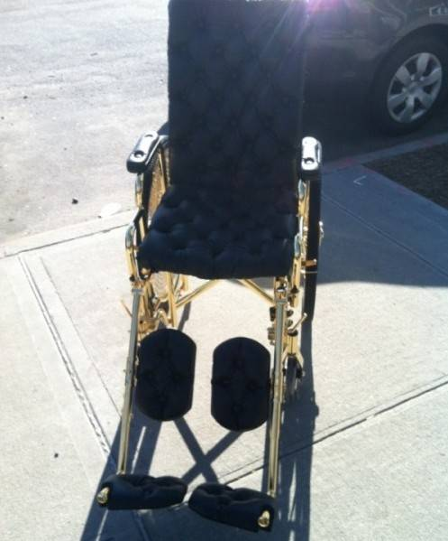 lady-gaga-24k-gold-wheelchair-8-600x804