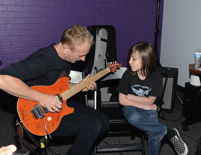 Phil Collen of Def Leppard during Rock 'n' Roll Fantasy Camp. Photos: Denise Truscello/WireImage