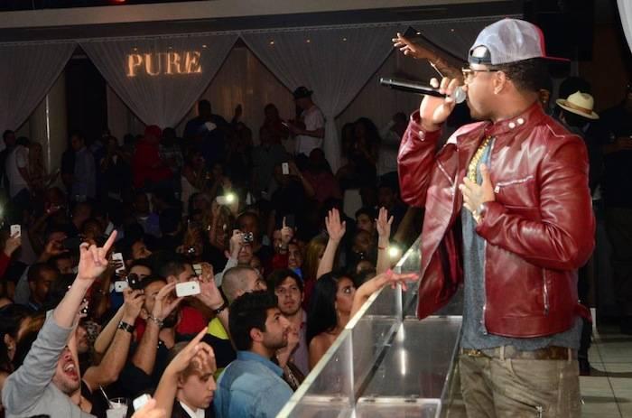 Jeremih performs at Pure Nightclub. Photos: Amit Dadlaney/SpyOn Vegas