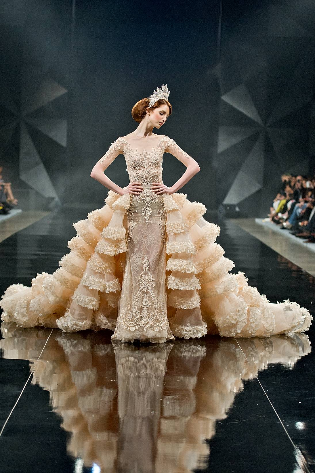 Michael cinco wows at dubai s fashion forward for American haute couture designers
