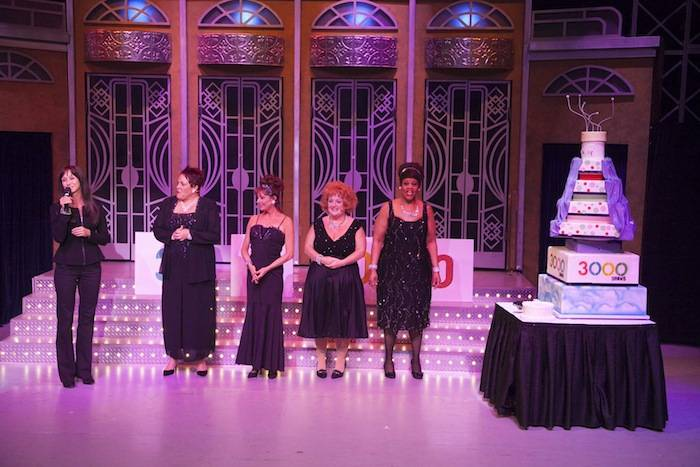 "The cast of ""Menopause the Musical with their cake celebrating their 3,000th show in Vegas. Photos: Luxor"
