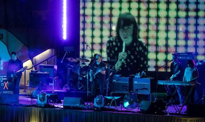 New Order performs at the Boulevard Pool. Photos: © Erik Kabik/erikkabik.com