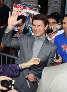 Tom+Cruise+Arrivals+Oblivion+Premiere+YhAhG6Djr5mx