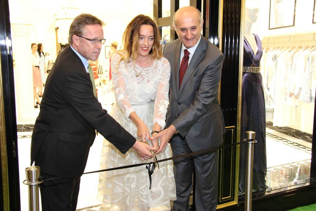 3. Michael O'Neill (uk ambassador) Alice Temperley & Issa Abu Issa (CEO and Chairman)