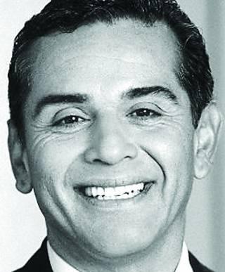Antonio-Villaraigosa1-320x387