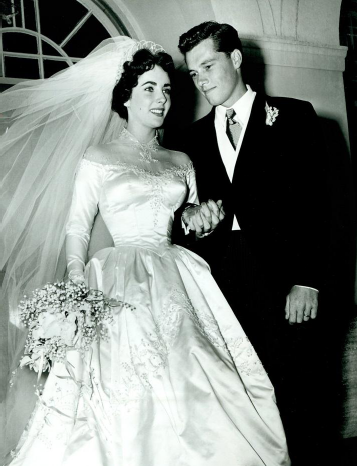 Elizabeth Taylor first wedding dress