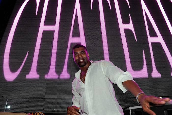 Ginuwine performs at Chateau. Photos: David Becker/WireImage