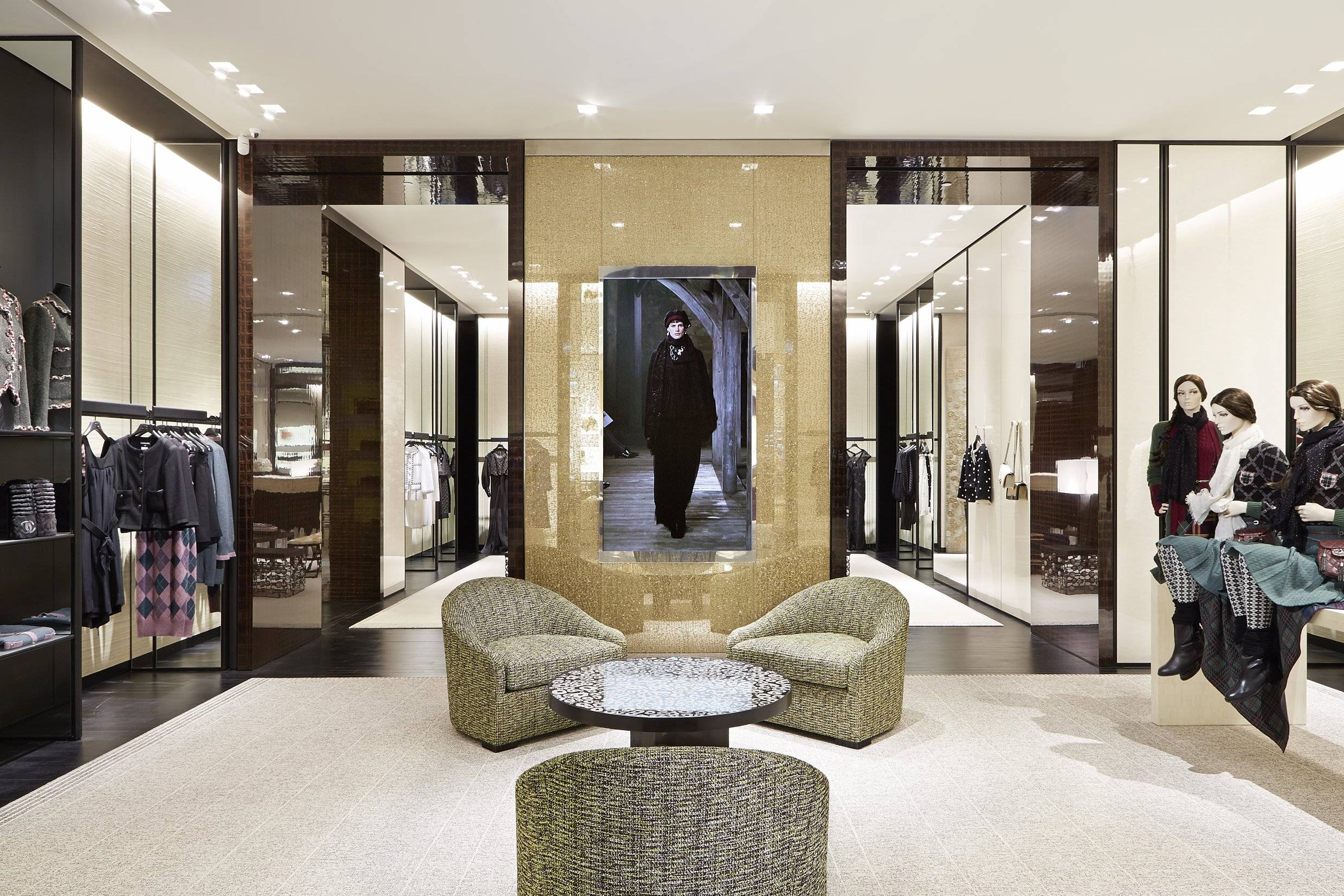 Chanel opens boutique in mall of the emirates haute living for Dubai boutique