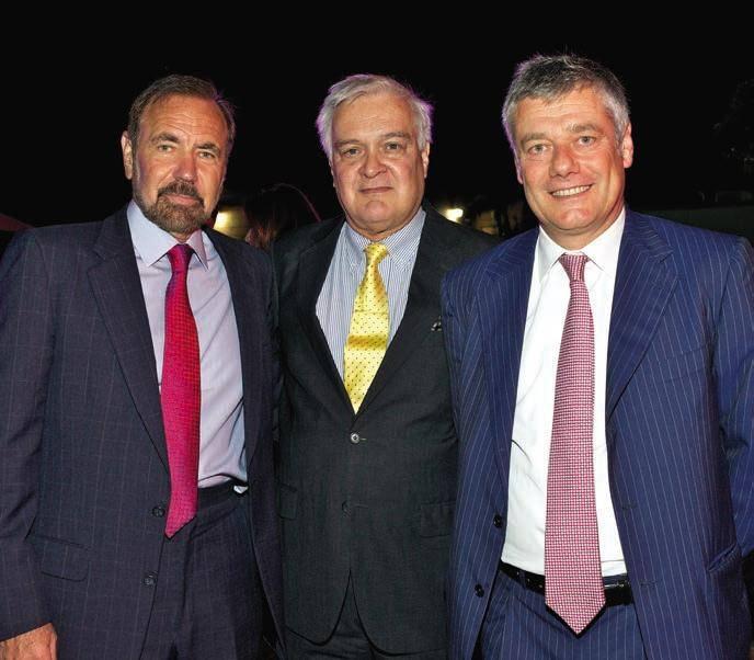 Pérez with Carlos Ott and Paolo Pinifarina