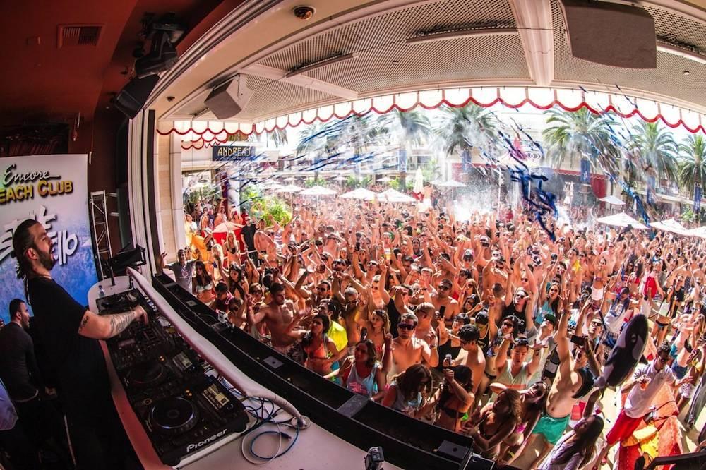 Steve Angello at Encore Beach Club. Photos: Rukes.com