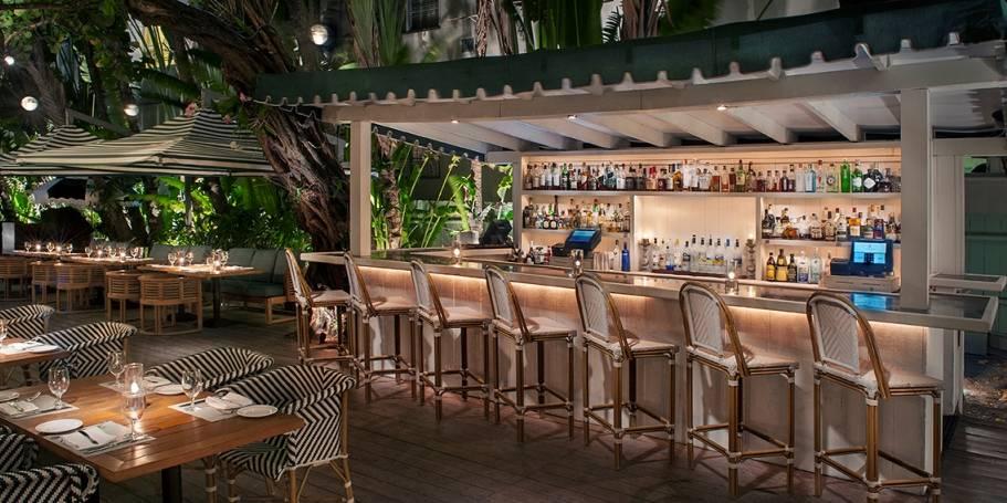 6eb475905ef6d797afa7136edb570ecd_The Royal Restaurant Bar_lo res