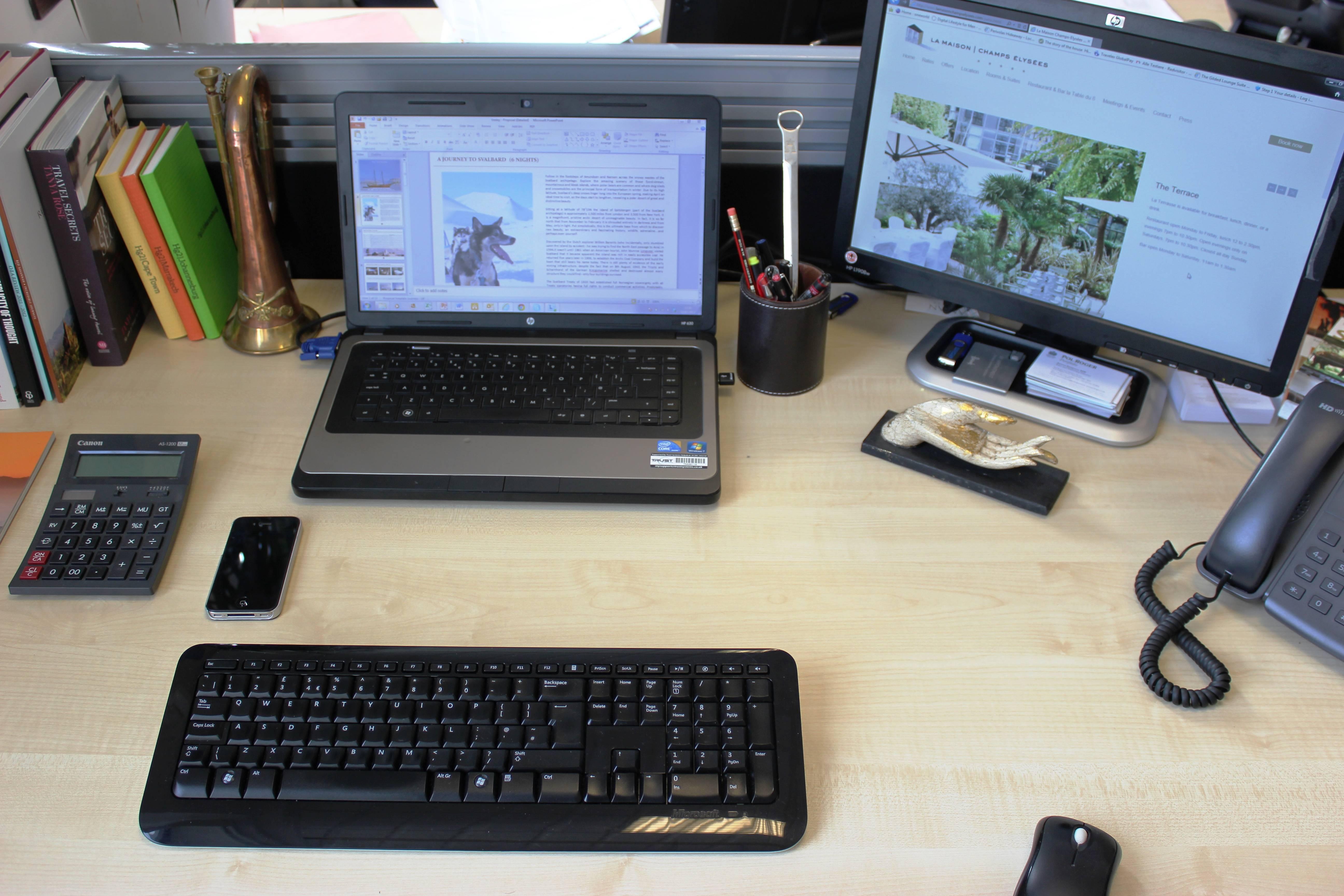GMG Desk