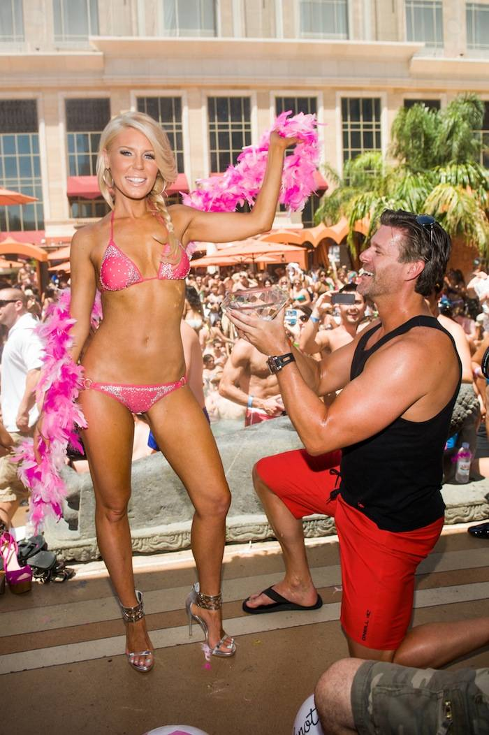 Gretchen Rossi and Slade Smiley at Tao Beach. Photos: Brenton Ho/Powers Imagery LLC