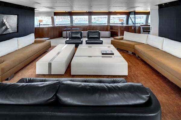 Alloy-Yachts-Vertigo-220-Superyacht-6