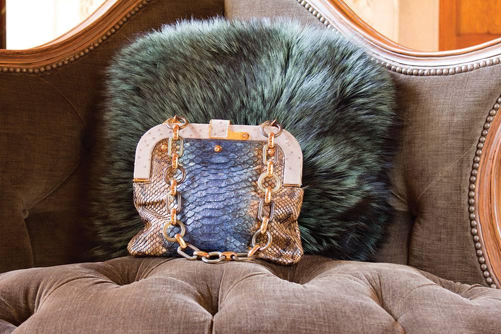 Dee-handbag-2
