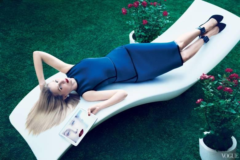 Marissa Mayer Poses for Vogue.  Source: Vogue