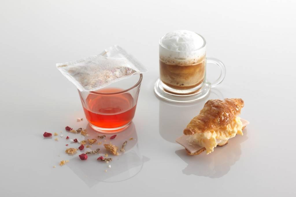 breakfast at tiffanys jumeirah etihad towers
