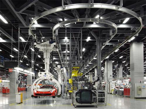 ferrari-factory-maranello-italy-tour-assembly-line-1