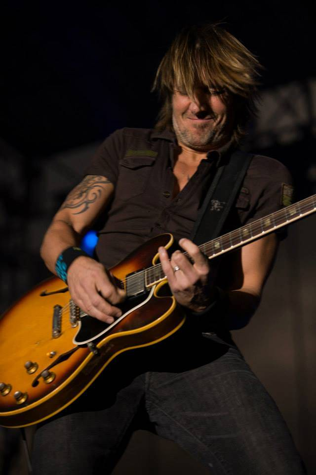 Keith Urban plays to a sold-out crowd Saturday night. Credit: Steve Mundinger