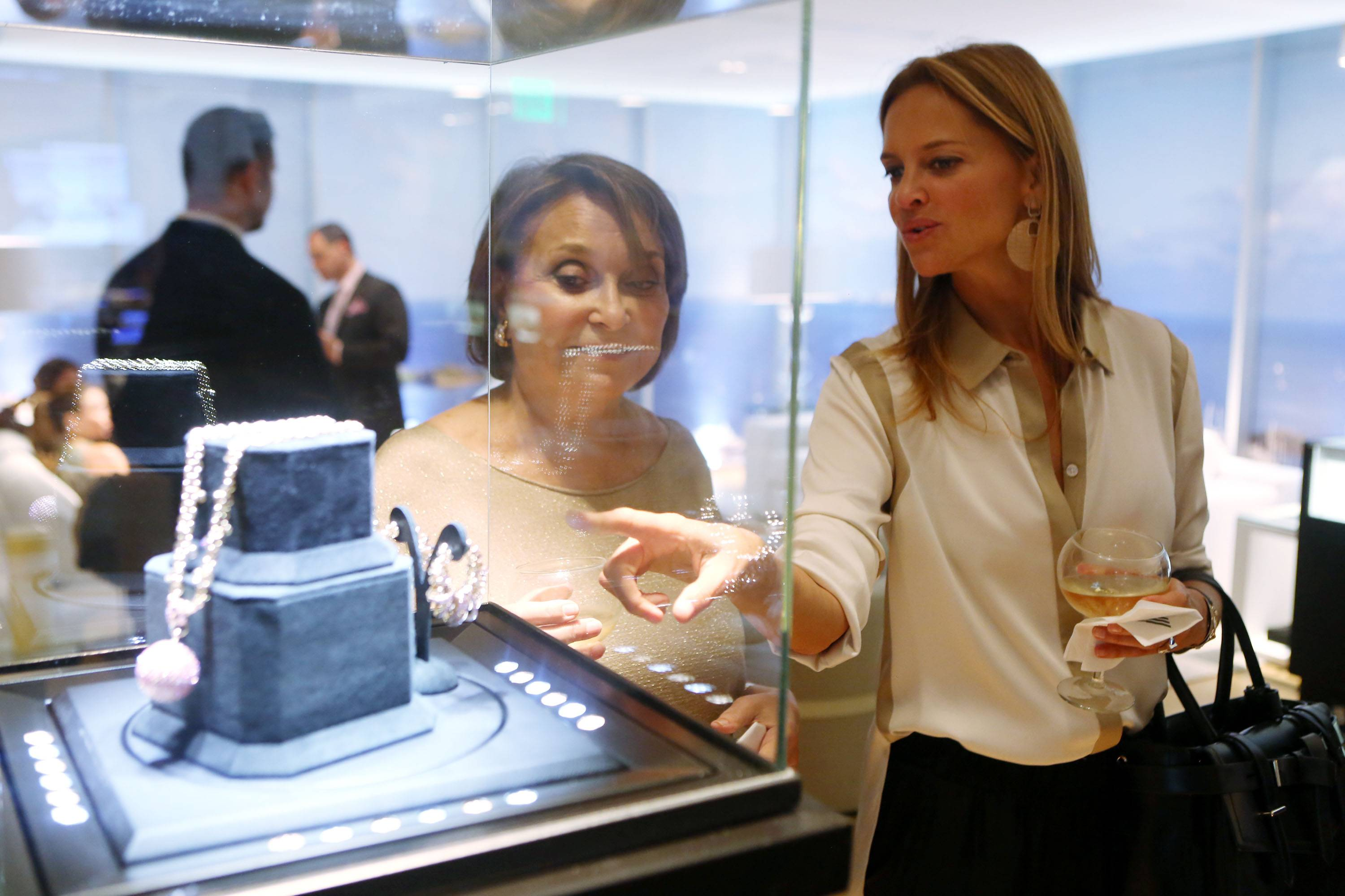 Grove at Grand Bay Hosts Party with Swiss Luxury Jeweler de GRISOGONO