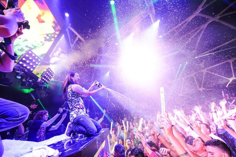 Steve Aoki at Hakkasan. Photos: Brenton Ho/Powers Imagery LLC