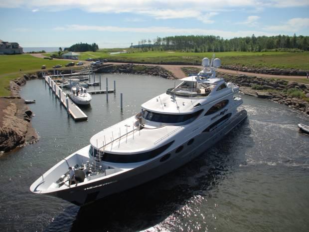 ISO-8859-1''yacht.jpg