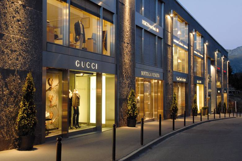 guccis rodeo drive boutique to receive new look