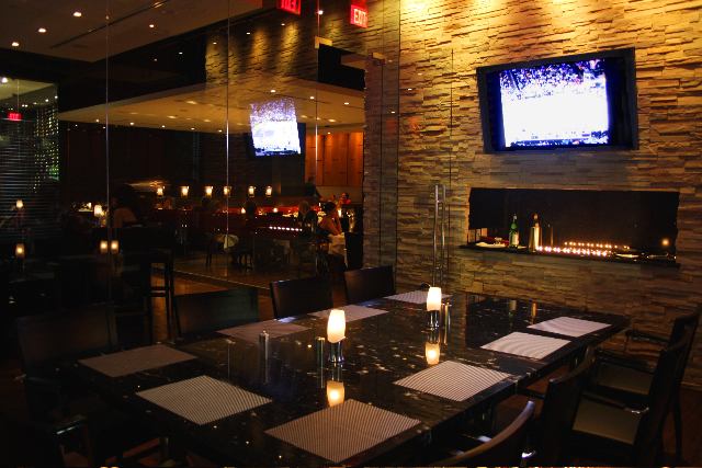 Intimate settings haute 5 private dining rooms in miami for Best private dining rooms miami