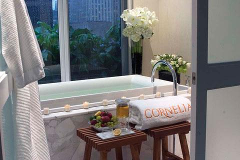 cornelia-soaking-tub-low-re.jpg