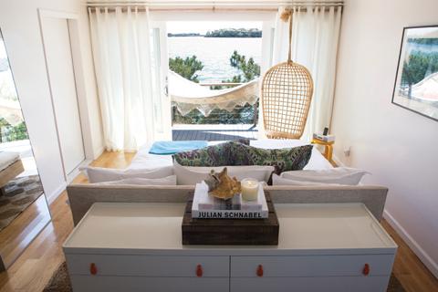 image-tsl-guestroom-rear.jpg
