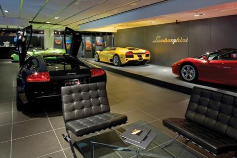 lambo-lv-dealership.jpg