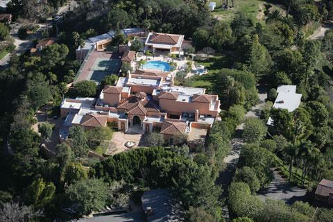 nimes-aerial.jpg