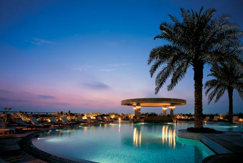 outdoor-resort-style-pool.jpg